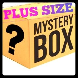 Tops - Plus size mystery box